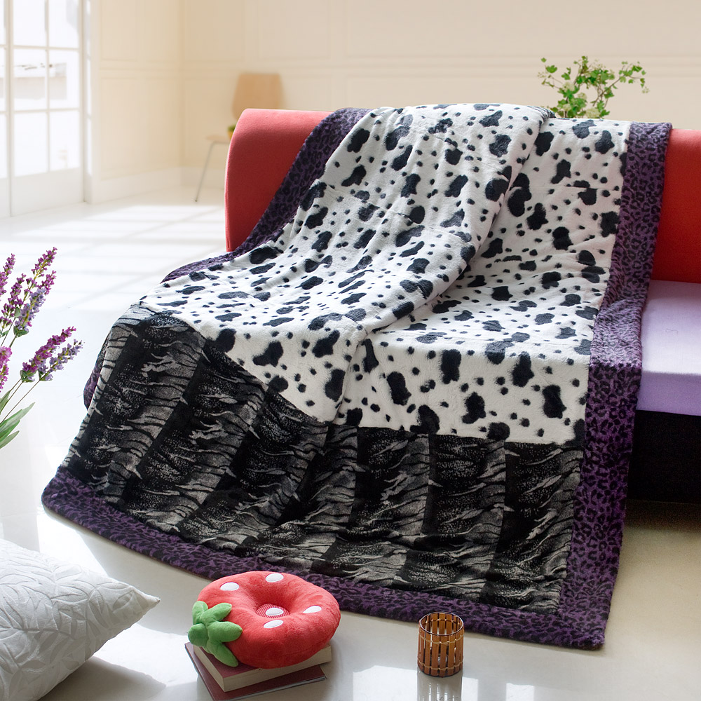 Onitiva - [Tasteful Life -A] Patchwork Throw Blanket (86.6 by 63 inches)